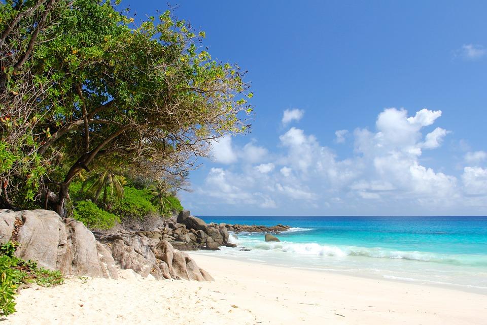 Seychelles - Top 10 beach destinations for winter sun by Luxe Beach Baby