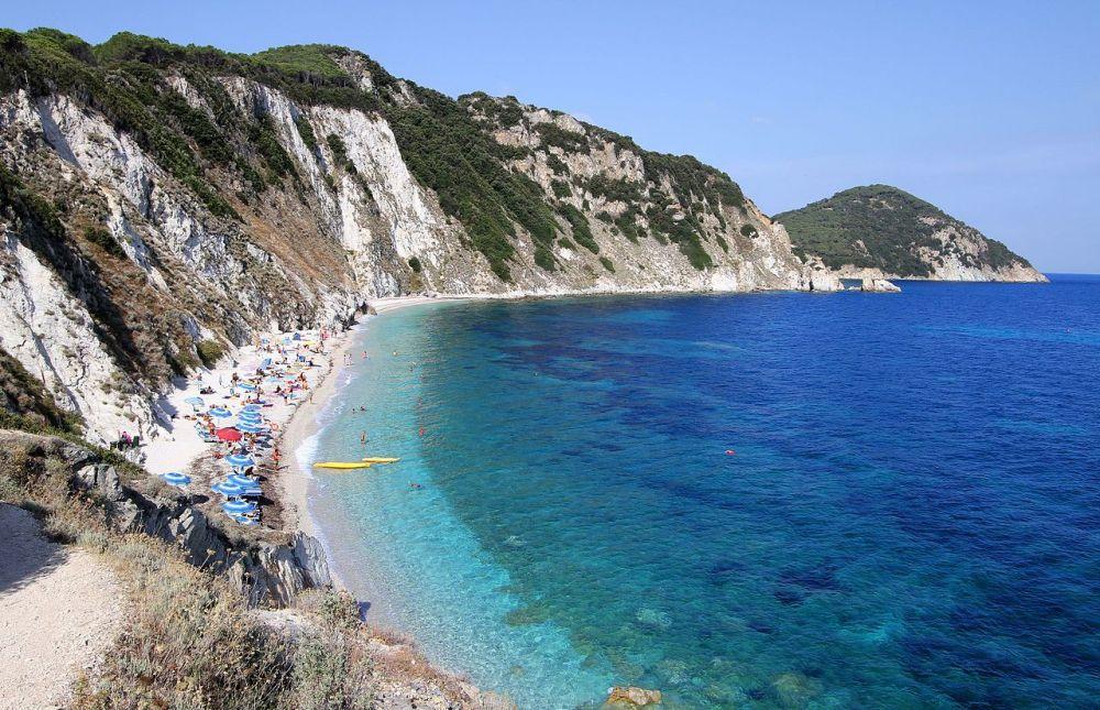 Spiaggia_di_Sansone_-_panoramio_(2)
