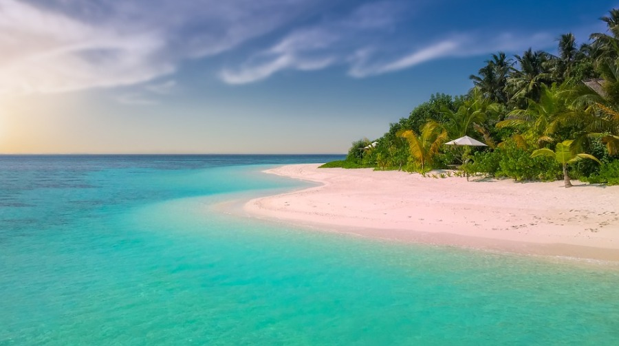 The world's most romantic beaches by Luxe Beach Baby