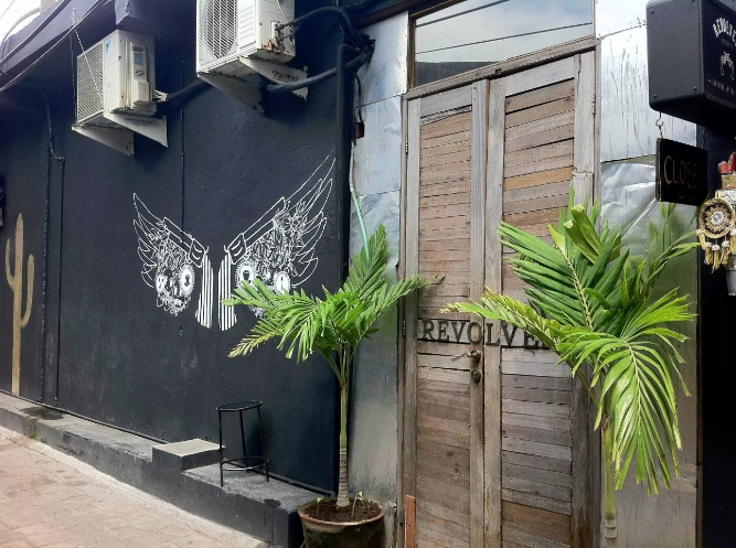 Review of Revolver Espresso: the best coffee in Bali? By Luxe Beach Baby